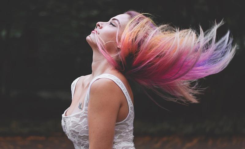 Indi Hair Extensiones de cabello 100% humano en RD Extensiones color fantasía en RD